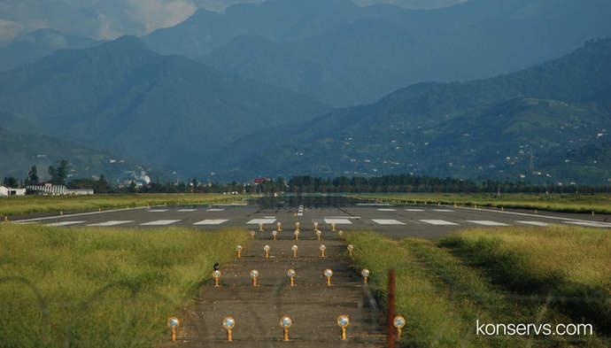 Взлётная полоса аэропорта в Батуми