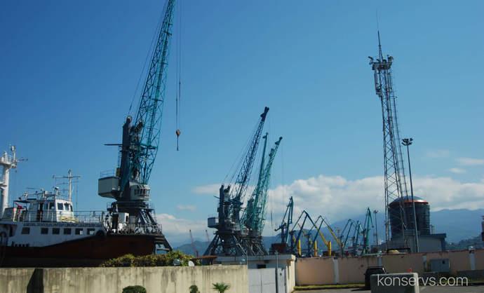 Порт в Батуми