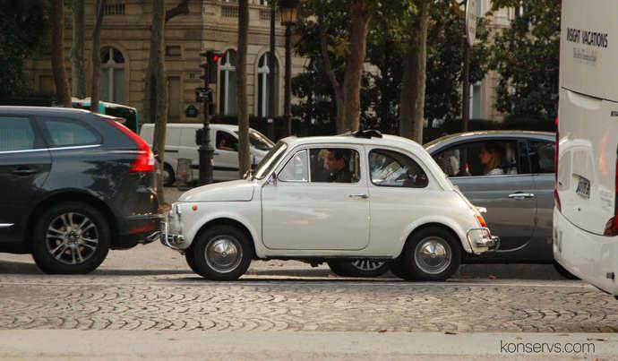Уютный французский автомобильчик