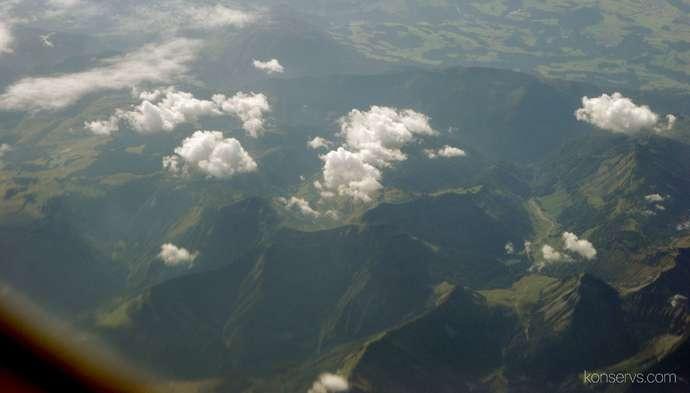 В небе где-то над Альпами